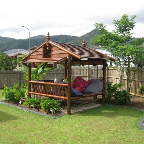 Grand Gazebos and Cubbies - Daybed House - 3m, 3 backrests and painted finish