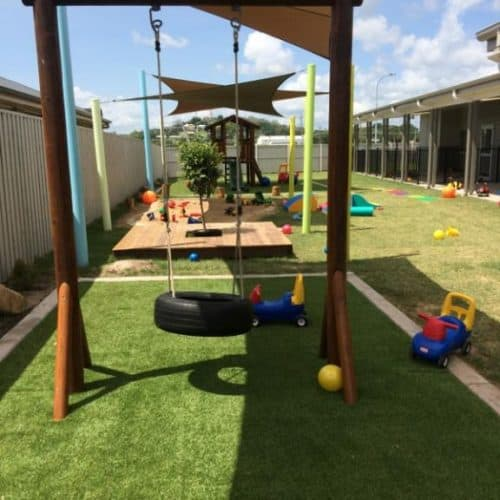 Grand Gazebos and Cubbies - Single Swing Frame - Painted Finish with Tyre Swing