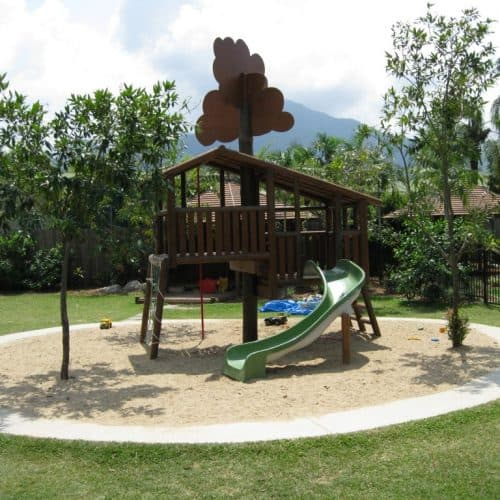 Grand Gazebos and Cubbies - Custom Tree House with slide and net